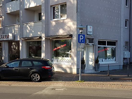 bahnhof kontakt telefon